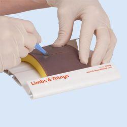Limbs & Things Pad für Wundverschluss, 3-lagig, klein, dunkel, 4 Stück